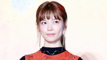 映画「ニセコイ」のスペシャルステージイベントに出席した島崎遥香さん