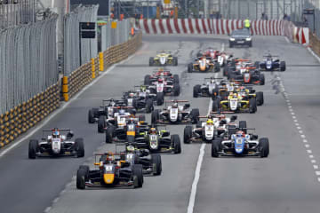「サンシティグループF3マカオグランプリ-FIA F3ワールドカップ」決勝レース=2018年11月18日、マカオ・ギアサーキット(写真:GCS)