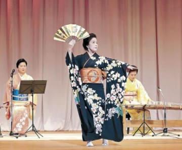 あでやか和洋の絵巻 高岡園遊会、現代邦楽と日本舞踊が共演