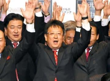 熊本市長に大西氏再選 「震災 生活再建急ぐ」 投票率は過去最低31.38%