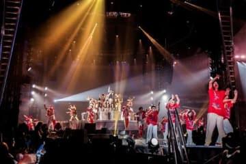 熊本と岩手の子どもたちが出演したEXILEのコンサート=18日、福岡市(TEAM Rising Sun Project提供)