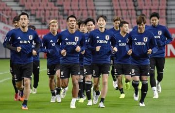 キルギス戦に向け、最終調整する日本イレブン=豊田スタジアム