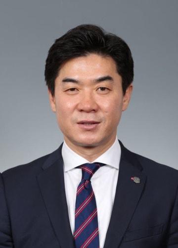 Cerezo Osaka manager Yoon Jong Hwan