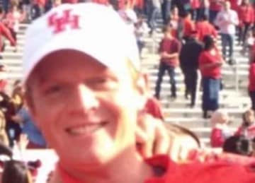 Houston coach Major Applewhite and NFL prospect Ed Oliver get in fight