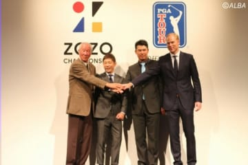 左から青木功、前澤友作氏、松山英樹、クリスチャン・ハーディ氏(撮影:ALBA)