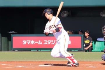 DeNAが前巨人・中井大介の獲得を発表【写真:福谷佑介】