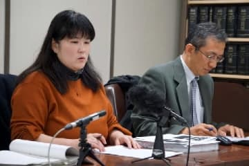 三木理事長(左)