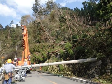台風21号、停電数最悪「阪神」より復旧日数
