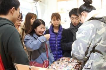 日中両国の学生が北京を一日観光、若者たちに友情の花開く―中国メディア