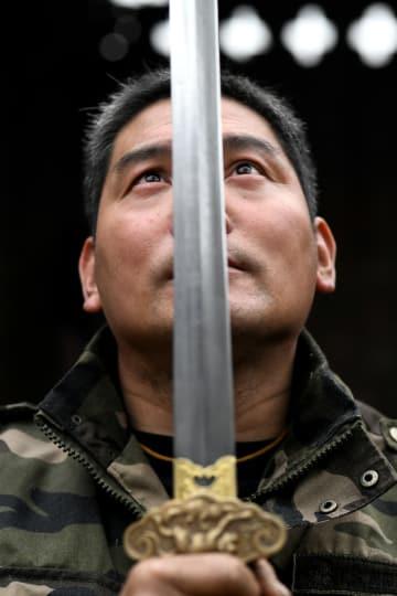 美術刀剣の継承と革新に挑む 河北省行唐