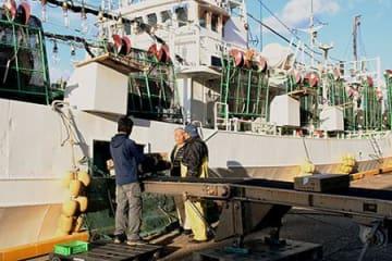 漁労長「漁場探す中での事故」 酒田と韓国の漁船衝突事故