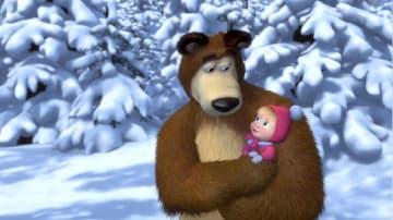 ロシアの人気アニメ「マーシャと熊」の一場面(共同)