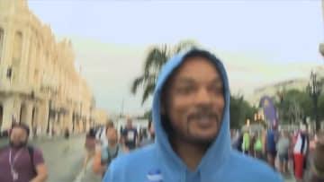 米俳優ウィル·スミスさん、キューバを走る