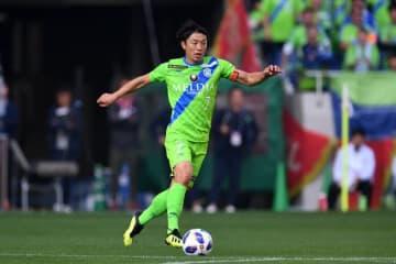 今季、湘南を牽引する梅崎。チームを残留へ導けるか photo/Getty Images