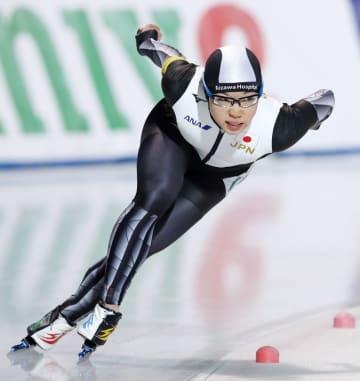 女子500メートル 38秒26で優勝した小平奈緒。この種目での連勝を33に伸ばした=苫小牧市ハイランドSC