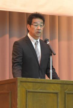 水戸啓明高の野球部監督就任を控え、同校で講演する紀藤真琴さん=水戸市千波町