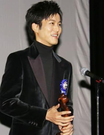 第10回TAMA映画賞の授賞式に出席した松坂桃李さん