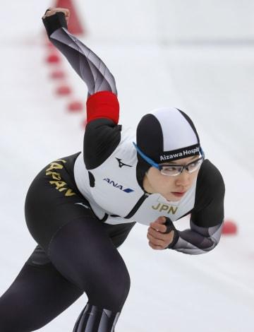 女子1000メートル 1分17秒31で優勝した小平奈緒=苫小牧市ハイランドSC
