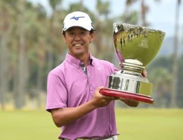 今季3勝目を達成した鈴木亨(写真は大会事務局提供)