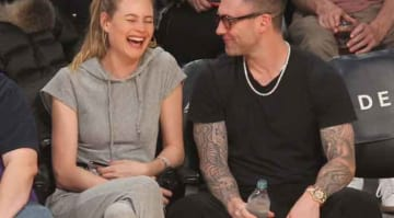 Adam Levine Makes Wife Behati Prinsloo Laugh At Lakers Game