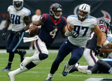 Deshaun Watson breaks rookie TD record vs. Titans