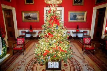 米ホワイトハウス、クリスマスの装飾を公開