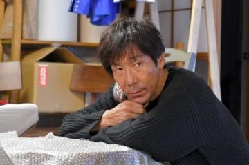 連続ドラマ「中学聖日記」に出演する岸谷五朗さん =TBS提供