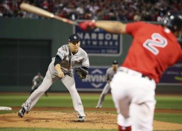 今季、ボストンで行われたレッドソックスとヤンキースの試合。投手は田中(共同)