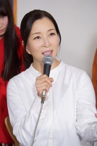 主演ドラマ「さくらの親子丼2」の会見に登場した女優の真矢ミキさん