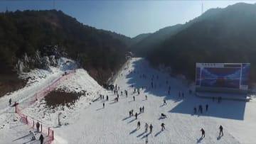 スキーシーズン到来 冬季五輪への熱気高まる 河北省承德市