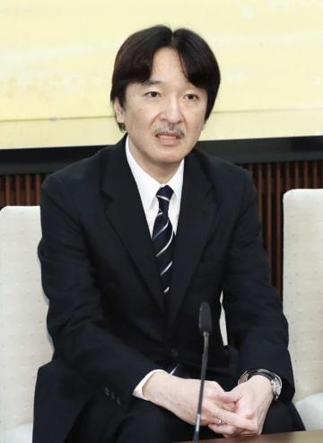 53歳の誕生日を前に記者会見される秋篠宮さま=22日、東京・元赤坂の宮邸(代表撮影)