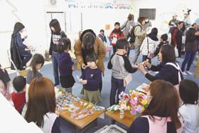 多くの家族連れでにぎわった3施設合同の文化祭
