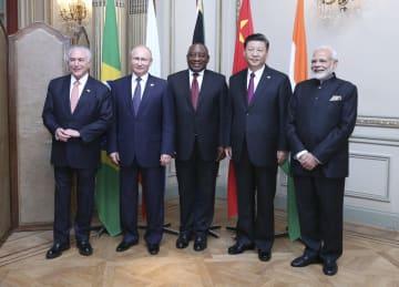 習近平主席、BRICS非公式首脳会議に出席 多国間主義を強調