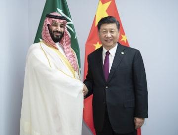 習近平主席、サウジ皇太子と会見 「一帯一路」など協力強調