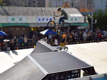 京都で初開催された自転車BMXフリースタイル・パークのジャパンカップ(向日市・京都向日町競輪場)