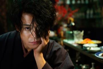 蜷川実花監督が撮影した映画『人間失格』スチール - (C)2019 『人間失格』製作委員会