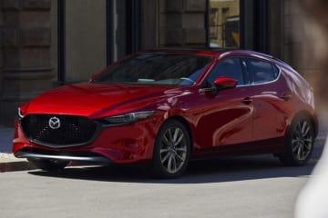 マツダ、新型「Mazda3」を世界初公開