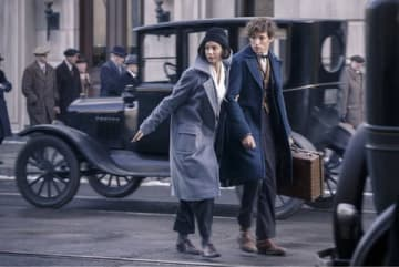 映画「ファンタスティック・ビーストと魔法使いの旅」の場面写真 (C)2018 Warner Bros. Entertainment Inc. Harry Potter and Fantastic Beasts Publishing Rights (C)JKR