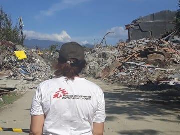 パル市南部のペトボ地区でも液状化現象が発生した © MSF