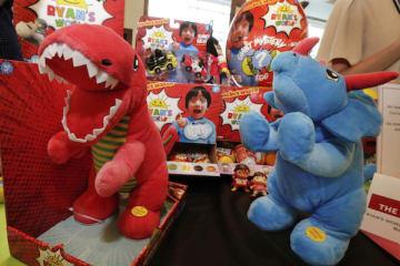 ライアンのオリジナルおもちゃシリーズ「ライアンズ・ワールド」(写真:AP/アフロ)