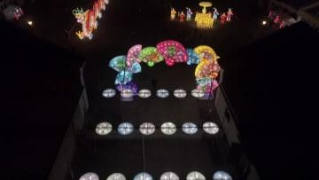 中国のランタン、リトアニアの夜を彩る