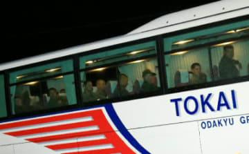 日出生台演習場に到着した米軍本隊を乗せたとみられるバス