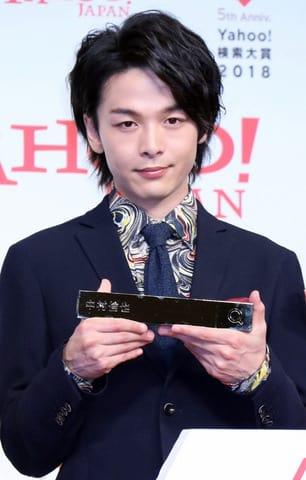 「Yahoo!検索大賞2018」の発表会に登場した中村倫也さん