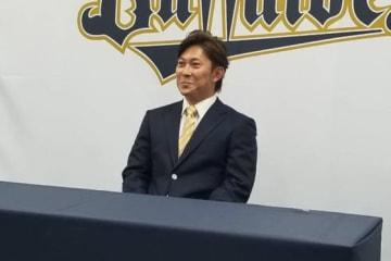 契約更改に臨んだオリックス・西野真弘【写真:橋本健吾】