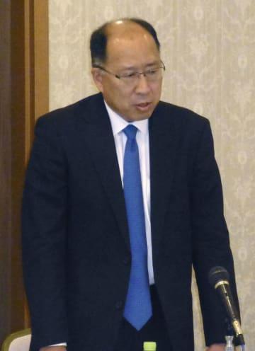 地域金融機関の首脳らに金融庁の行政方針を説明する遠藤俊英長官=6日午前、名古屋市