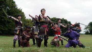 勇壮なパフォーマンスで地域を盛り上げる九戸政実武将隊