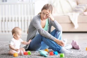 育児ストレスとひと言で言っても、その悩みはイライラ感、不安感、孤独感……と様々。でも意外にも、その原因には、ある共通点があります。その共通点を探り、ストレスになりにくい心へと磨いてあげると、これまではストレスに感じていたものが、そうでなくなってきます。