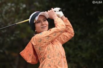 宮里藍、ファンとともに約1カ月半ぶりのゴルフを楽しんだ(撮影:ALBA)