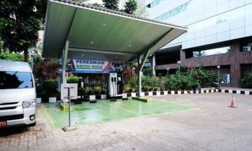 BPPT本庁舎内に設けた充電ステーション。出力は50キロワット=ジャカルタ(NNA撮影)