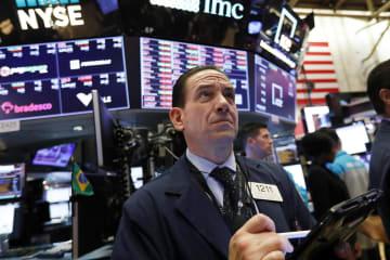 6日のニューヨーク証券取引所(AP=共同)